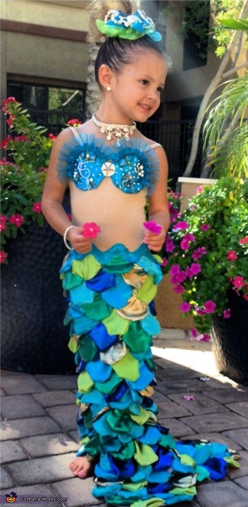 Mermaid DIY Costumes  25 best ideas about Homemade Mermaid Costumes on