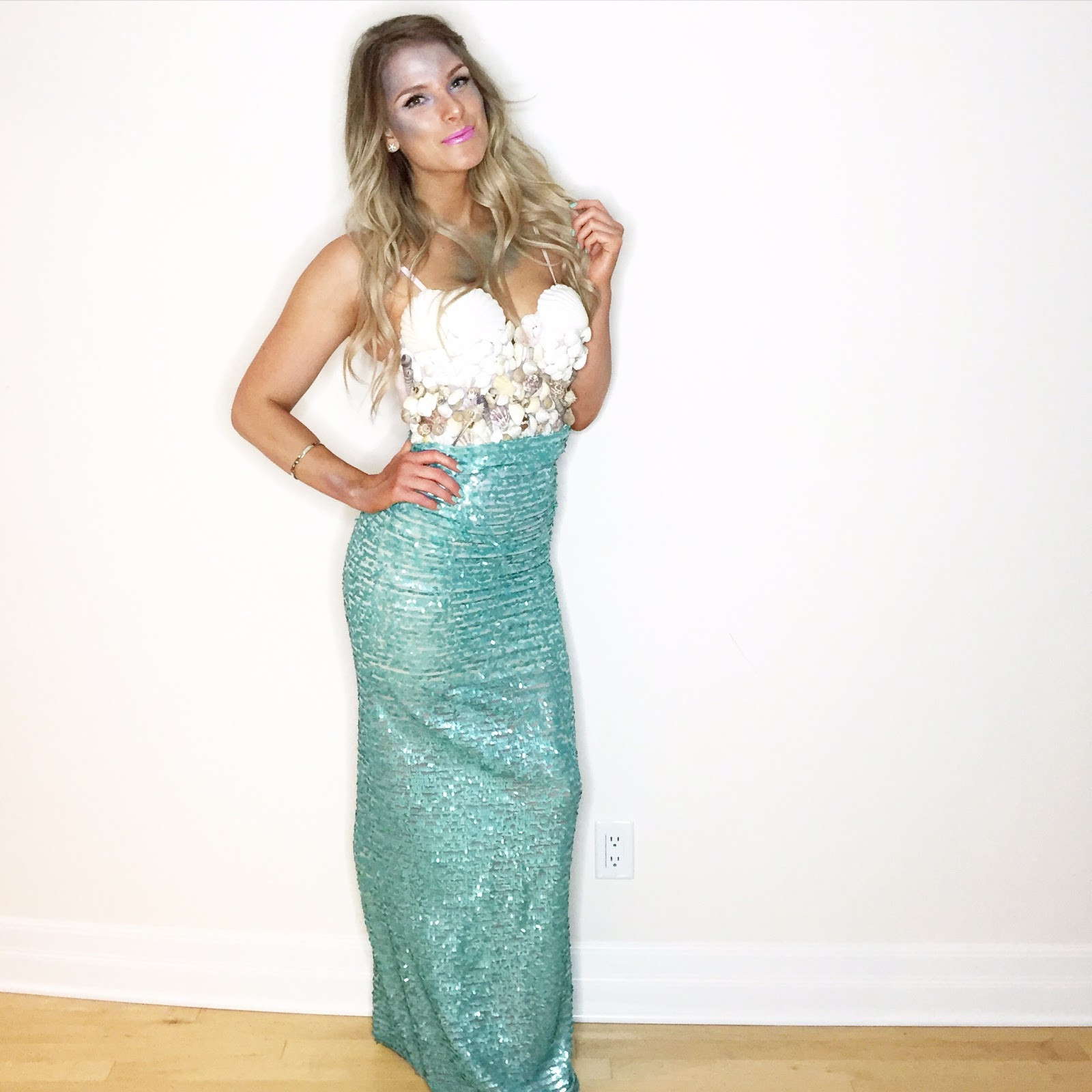 Mermaid DIY Costumes  15 Super Creative Halloween Costumes You Can DIY