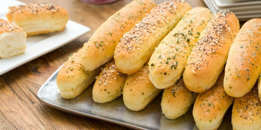 Olive Garden Thanksgiving  Breadsticks Topping Ideas Best Breadsticks Recipes