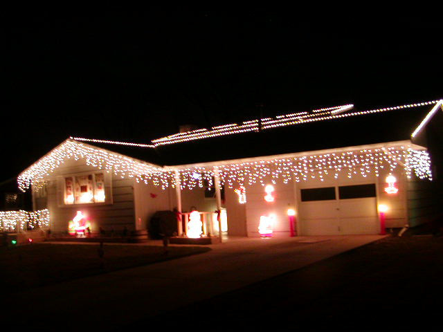 Outdoor Christmas Icicle Lights  Christmas outdoor icicle lights Liven Your Home with