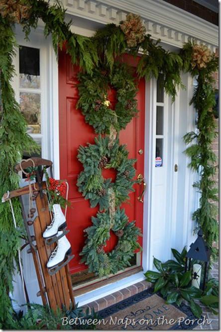 Porch Christmas Decorations  38 Cool Christmas Porch Décor Ideas DigsDigs