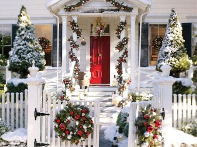 Porch Christmas Decorations  50 Amazing Outdoor Christmas Decorations