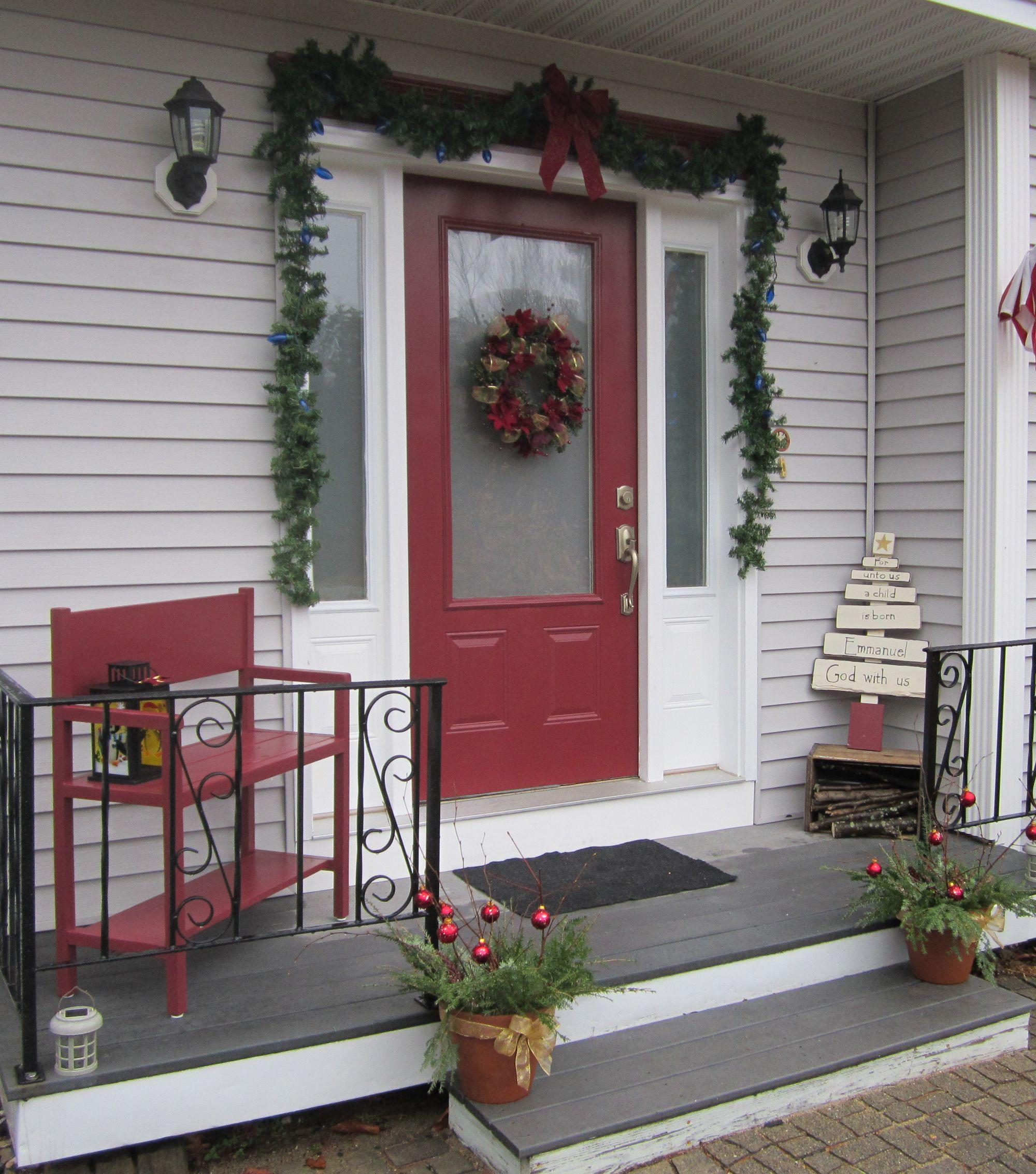 Porch Christmas Decorations  Cheap Front Porch Decorating Ideas