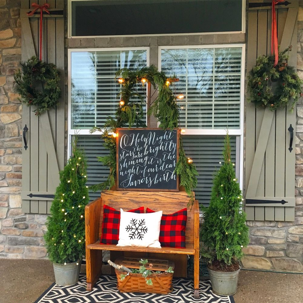 Porch Decor For Christmas  10 Outside Christmas Decorations for Your Front Porch