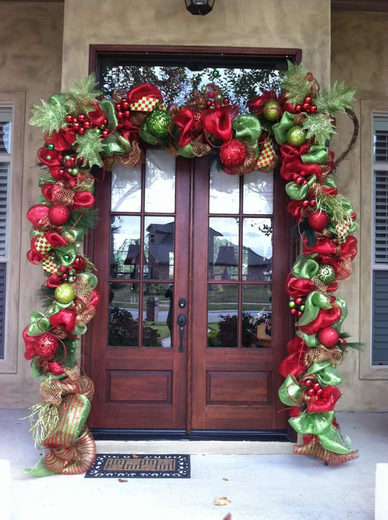 Porch Decor For Christmas  40 Stunning Christmas Porch Ideas