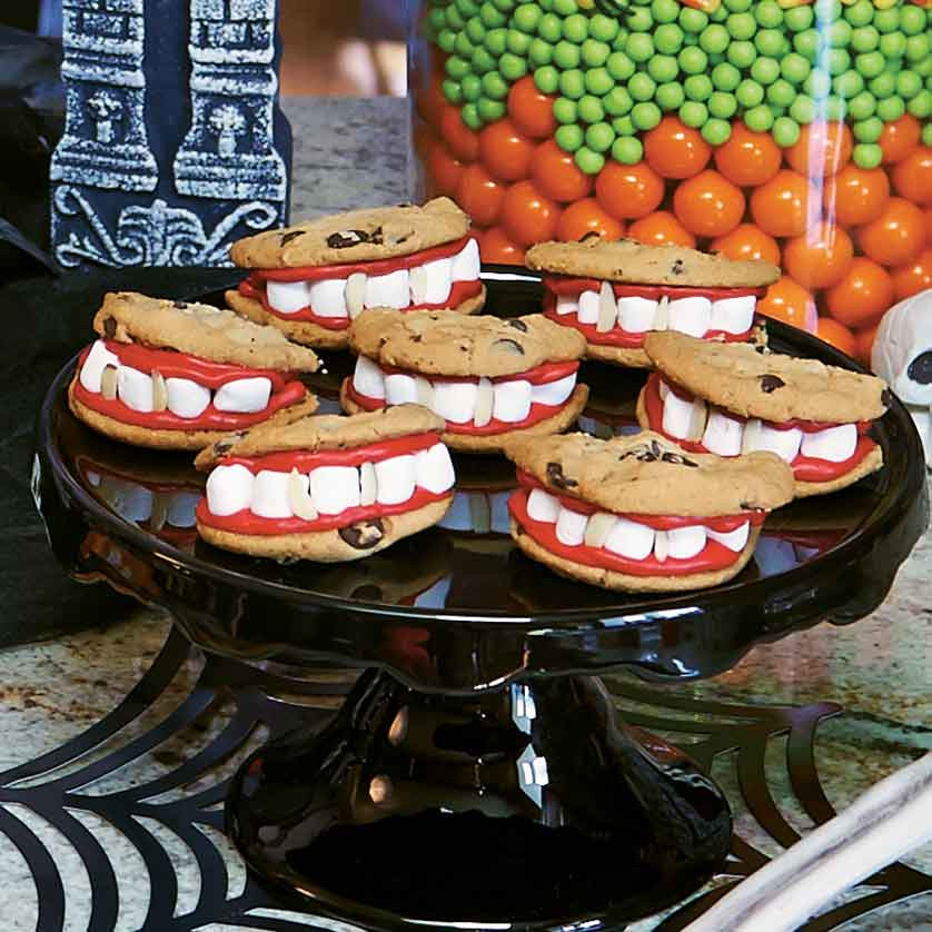 Scariest Halloween Party Ideas  8 Family Friendly Halloween Party Ideas That Are Still