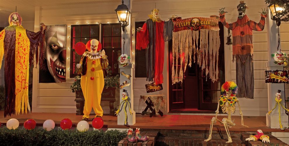 Scariest Halloween Party Ideas  33 Best Scary Halloween Decorations Ideas &