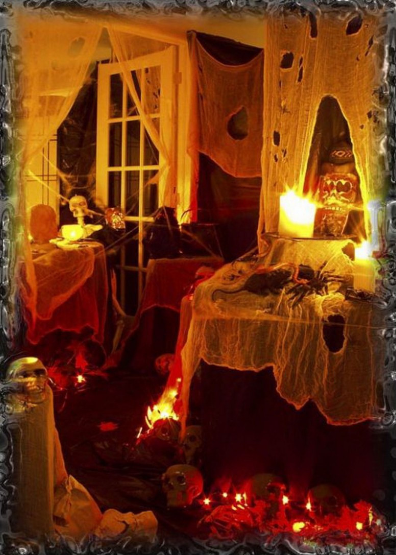 Scariest Halloween Party Ideas  SPOOKY OUTDOOR DECORATIONS FOR THE HALLOWEEN NIGHT