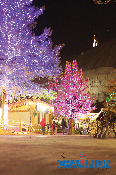 Stone Mountain Christmas 2019  Stone Mountain Park sparkles in Christmas lights
