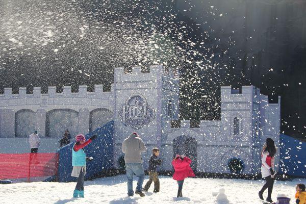 Stone Mountain Christmas 2019  snowfall at snow village in Snow Mountain Park Stress
