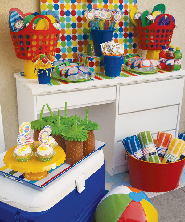 Summer Pool Party Ideas For Adults  Tema para festa infantil Pool Party festa na piscina