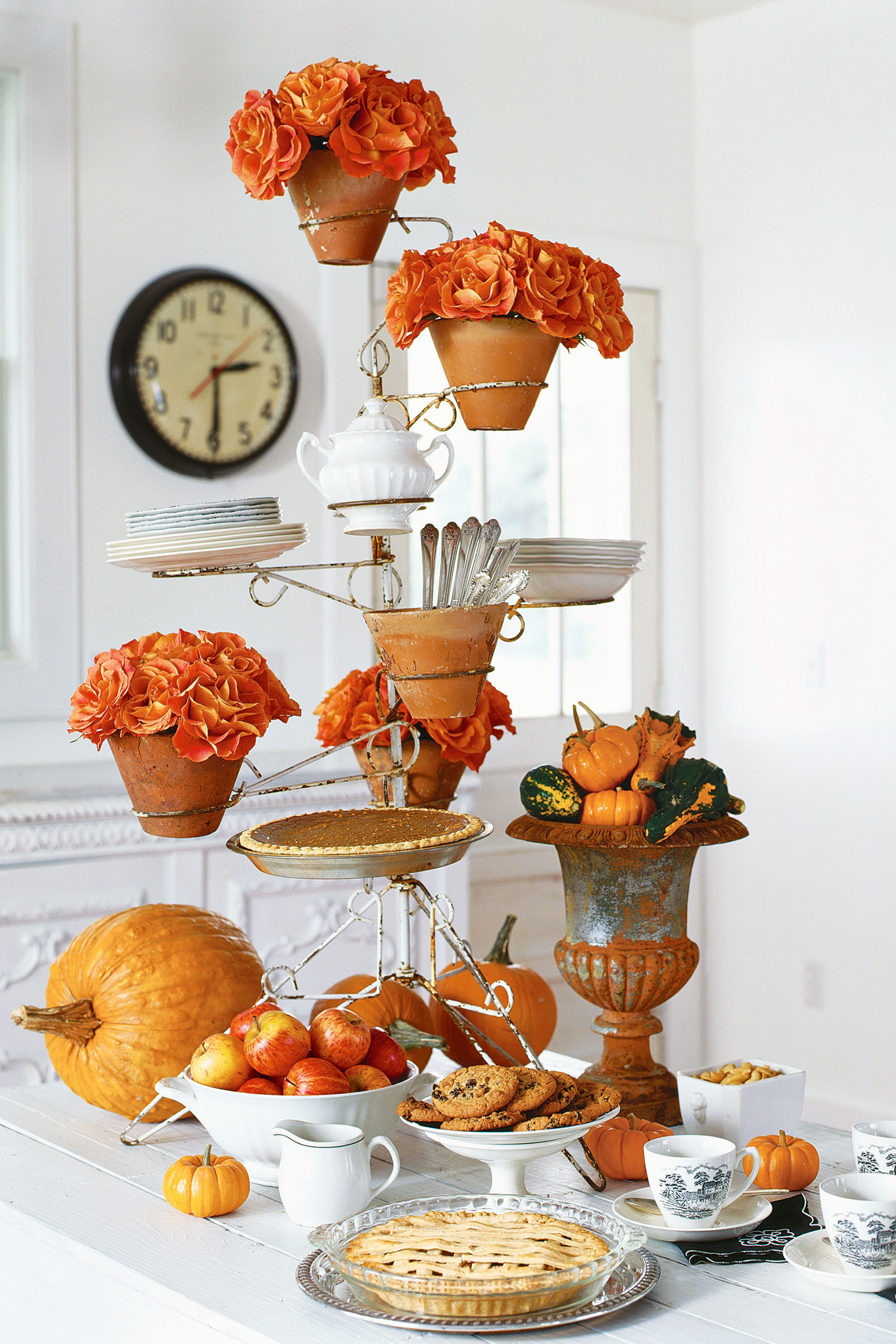 Table Decorations For Thanksgiving  How to Turn Your Thanksgiving Decor Into a Success