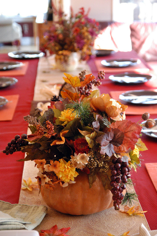 Table Decorations For Thanksgiving  The Best DIY Thanksgiving Table Decorations