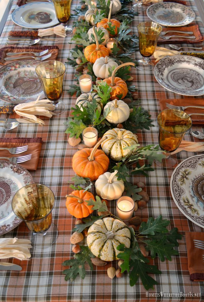 Table Decorations For Thanksgiving  Best 25 Thanksgiving table ideas on Pinterest