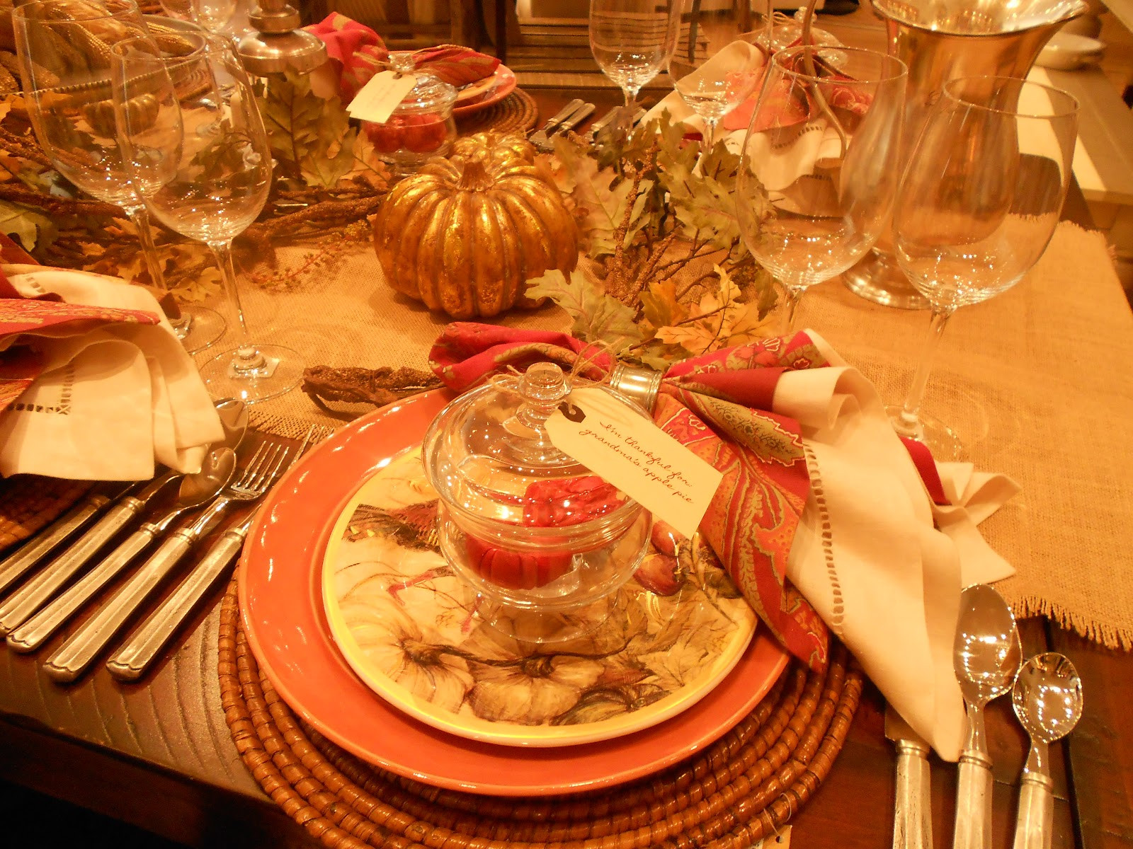 Table Decorations For Thanksgiving  Decorating Thanksgiving table tips and tricks