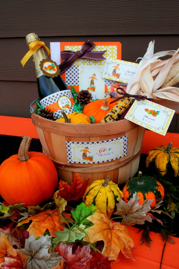 Thanksgiving Day Gift Ideas  Thanksgiving DIY Gratitude Gift Basket Party Ideas