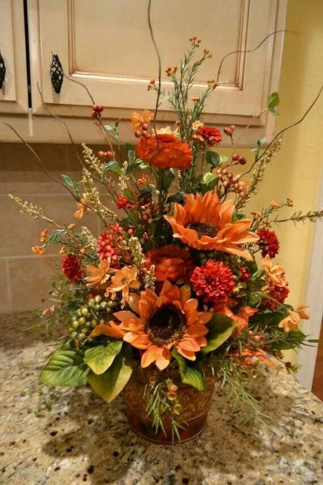 Thanksgiving Flower Arrangement Ideas  Thanksgiving Decoration Centerpiece Ideas with Flowers