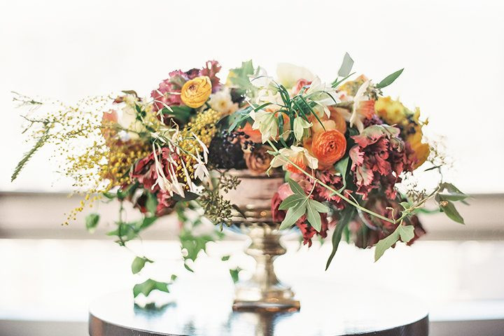 Thanksgiving Flower Centerpiece  38 Flower Ideas for Your Thanksgiving Centerpiece