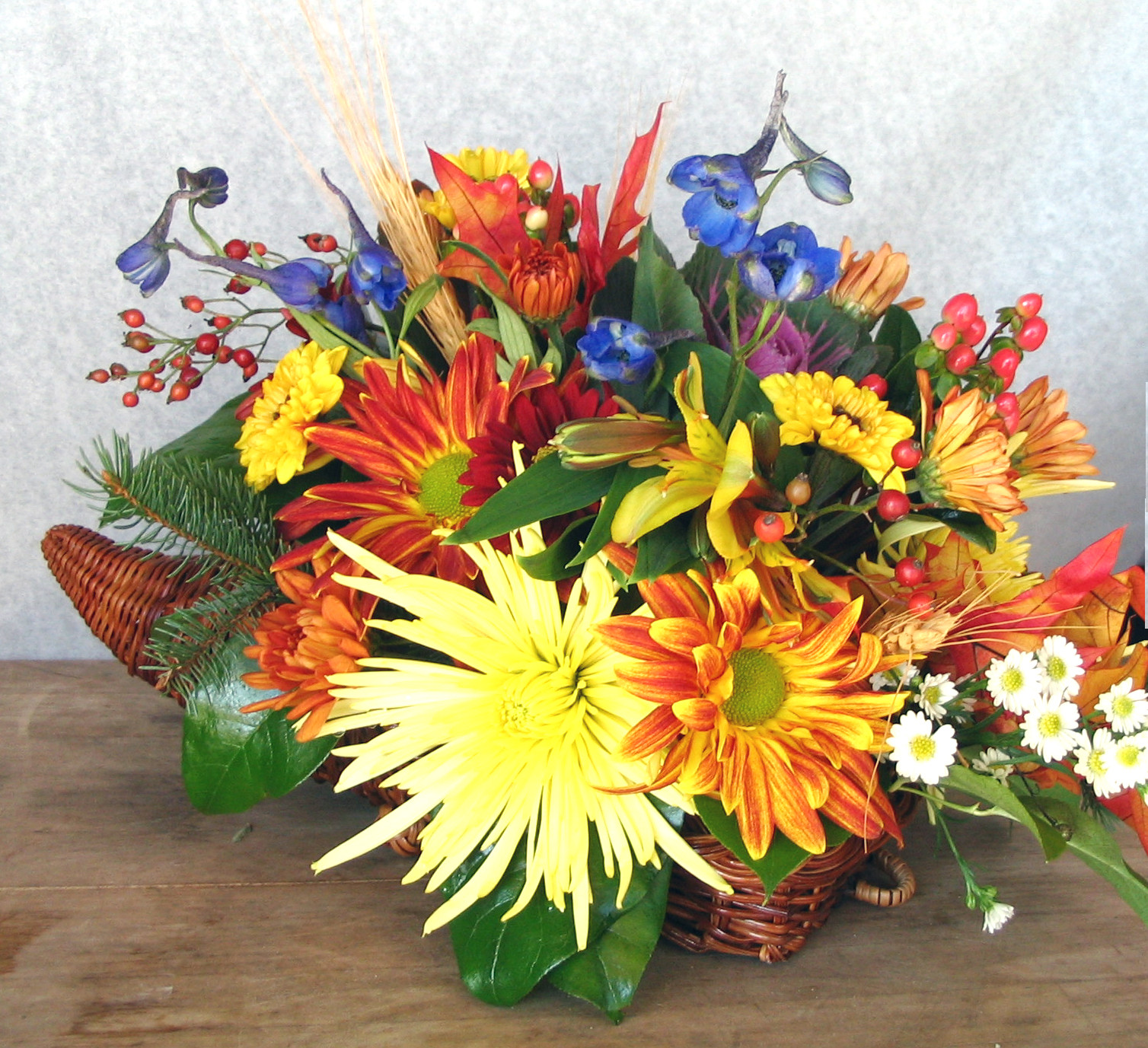 Thanksgiving Flower Centerpiece  Thanksgiving Floral Centerpieces