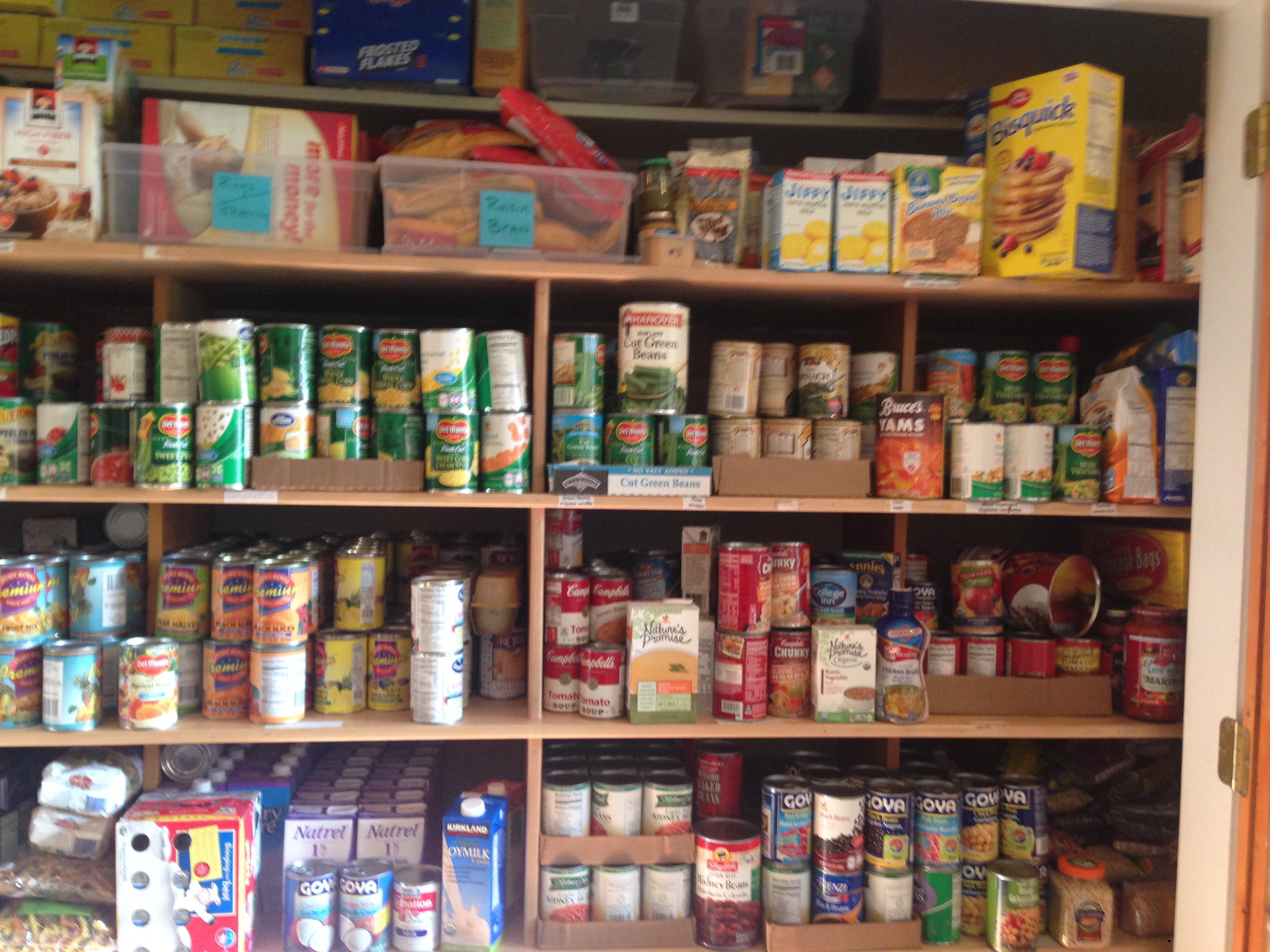 Thanksgiving Food Pantry  Thanksgiving week at the Food Pantry