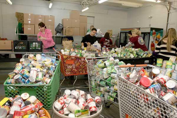 Thanksgiving Food Pantry  Food Program San Felipe Distribution Center Thanksgiving