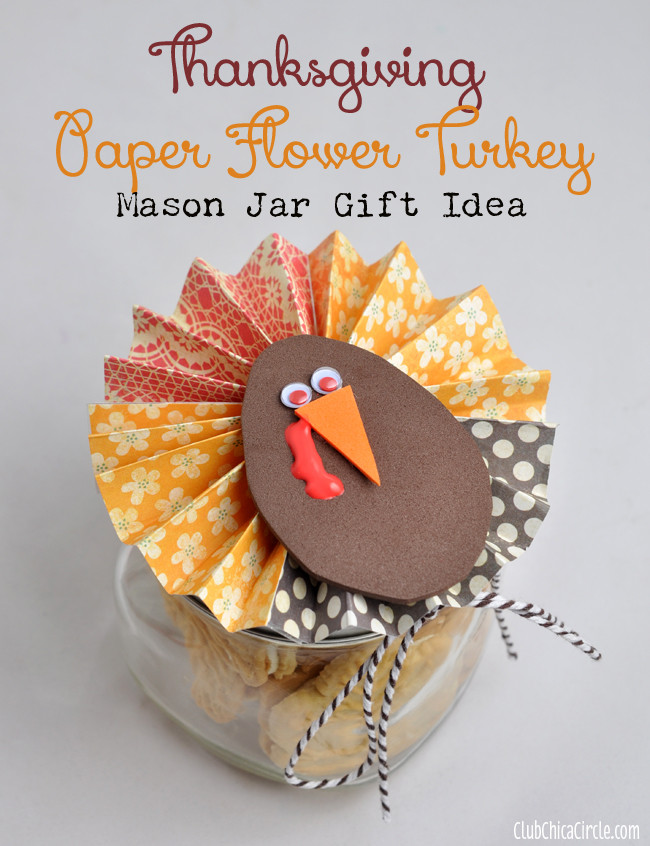 Thanksgiving Gift Ideas  Homemade Holiday Wreath and Ornament Craft Idea Round up