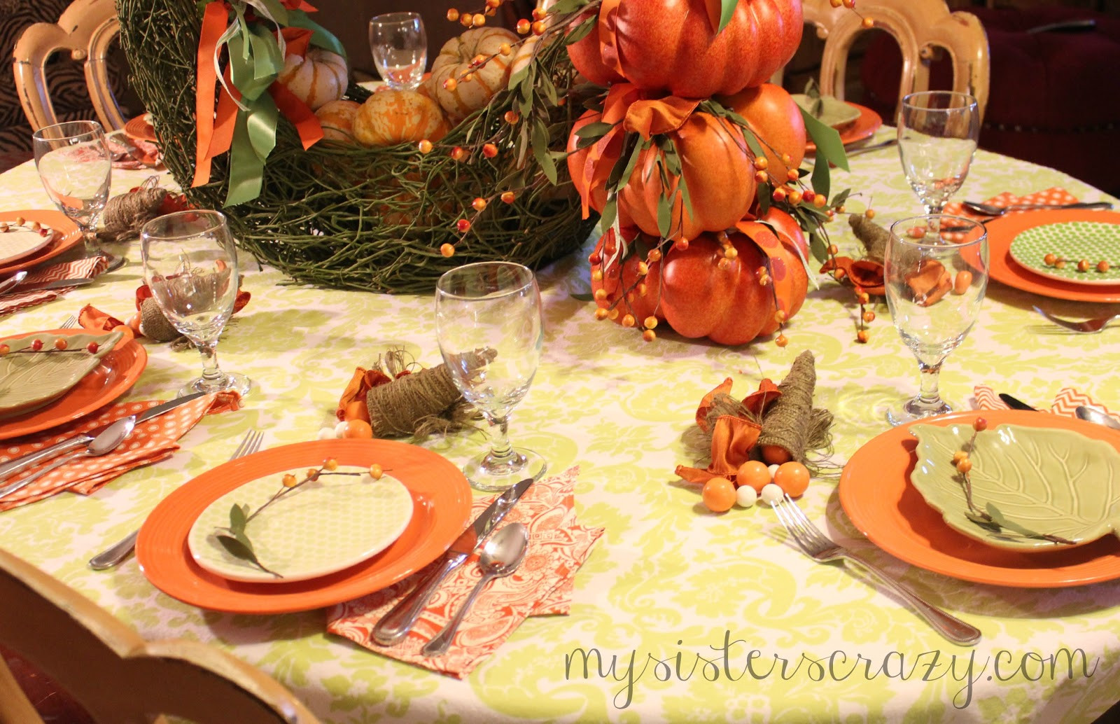 Thanksgiving Kids Table  My Sister s Crazy A FRESH FACE FOR THE KIDS THANKSGIVING