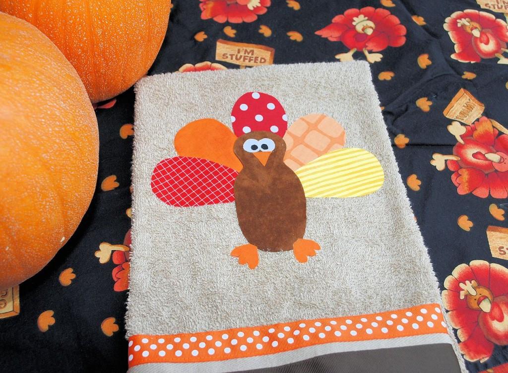 Thanksgiving Kitchen Towels  DIY Turkey Thanksgiving Hand Towels