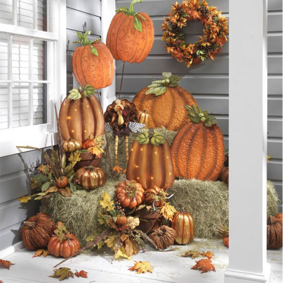 Thanksgiving Outdoor Decorations  57 Cozy Thanksgiving Porch Décor Ideas DigsDigs