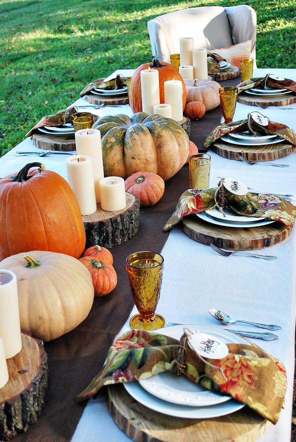 Thanksgiving Table Decor  15 Outdoor Thanksgiving Table Settings for Dining Alfresco