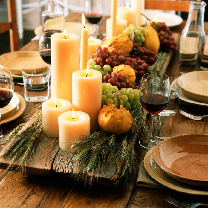Thanksgiving Table Decor  12 Rustic Chic Thanksgiving Decorations Under $25