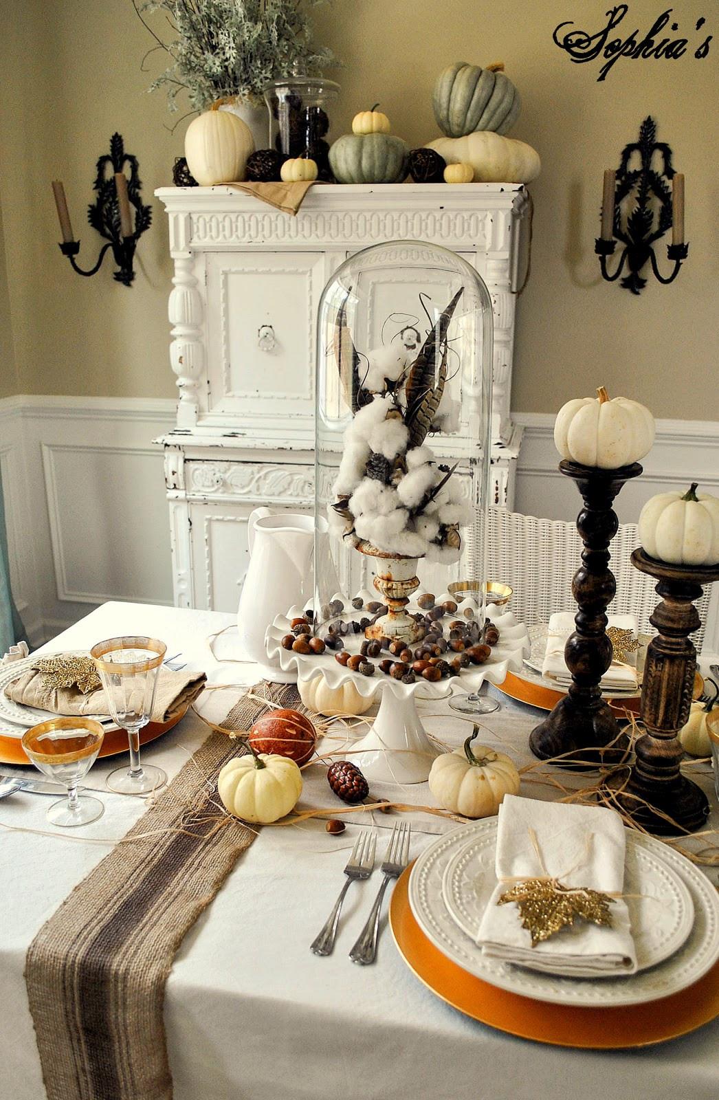 Thanksgiving Table Decorations  Sophia s Thanksgiving Table Setting