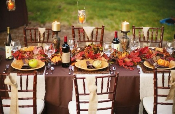 Thanksgiving Table Ideas  20 fantastic Thanksgiving decoration ideas for an outdoor