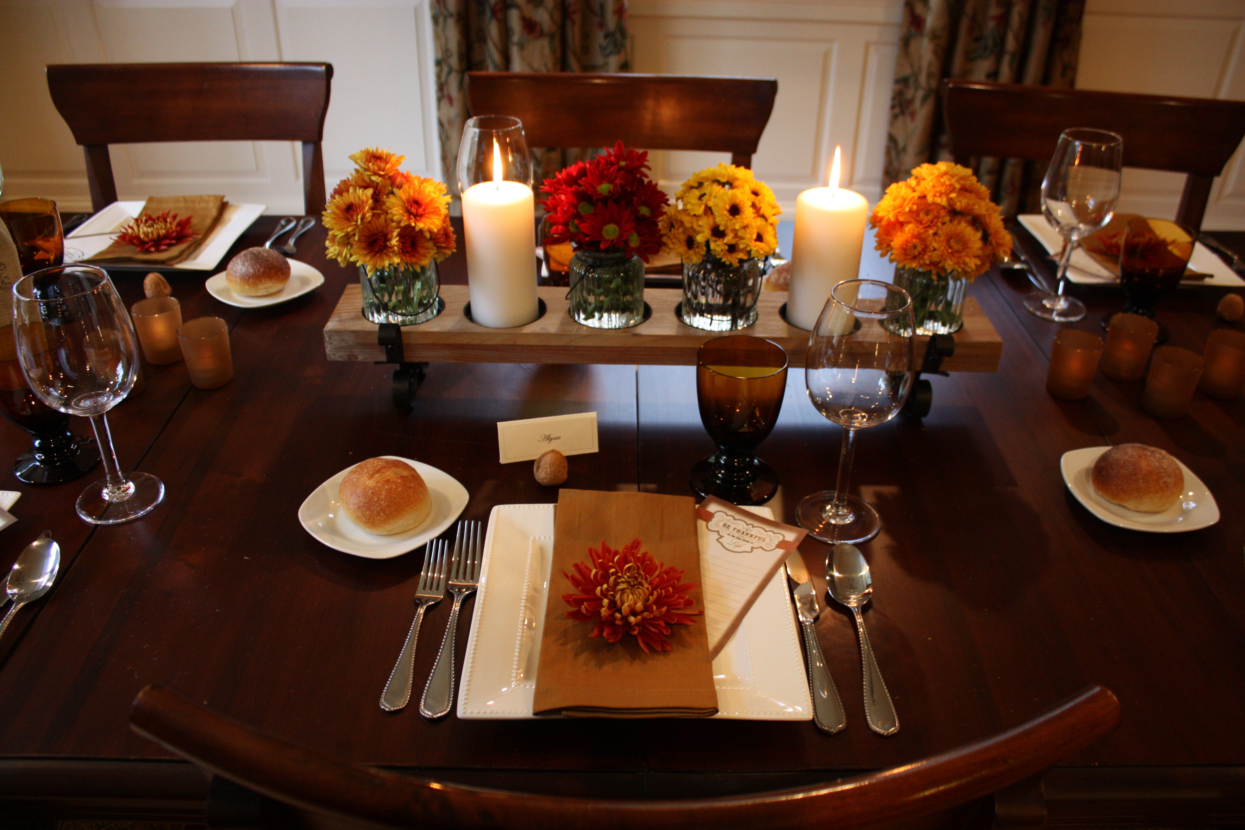 Thanksgiving Table Ideas  Thanksgiving Table