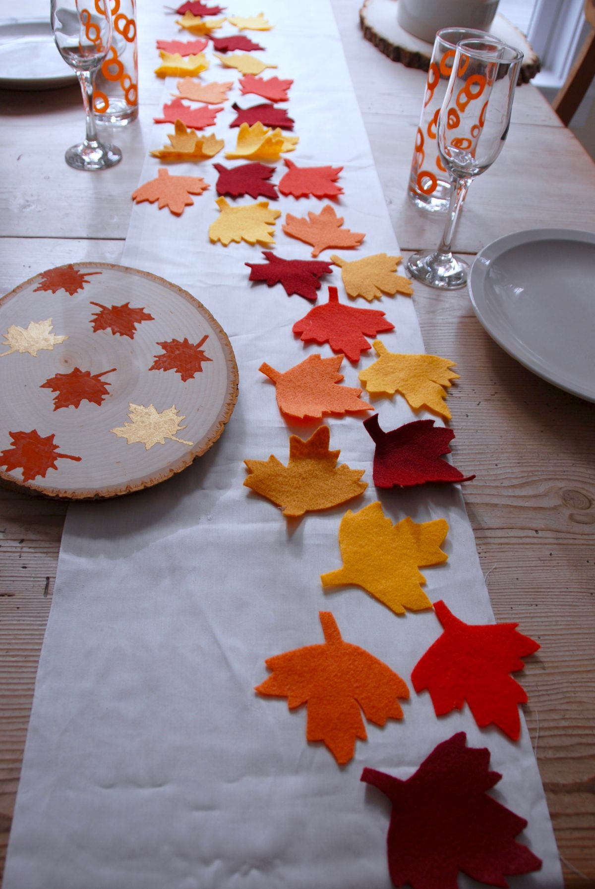 Thanksgiving Table Runner  No Sew Thanksgiving Table Runner and Placemats