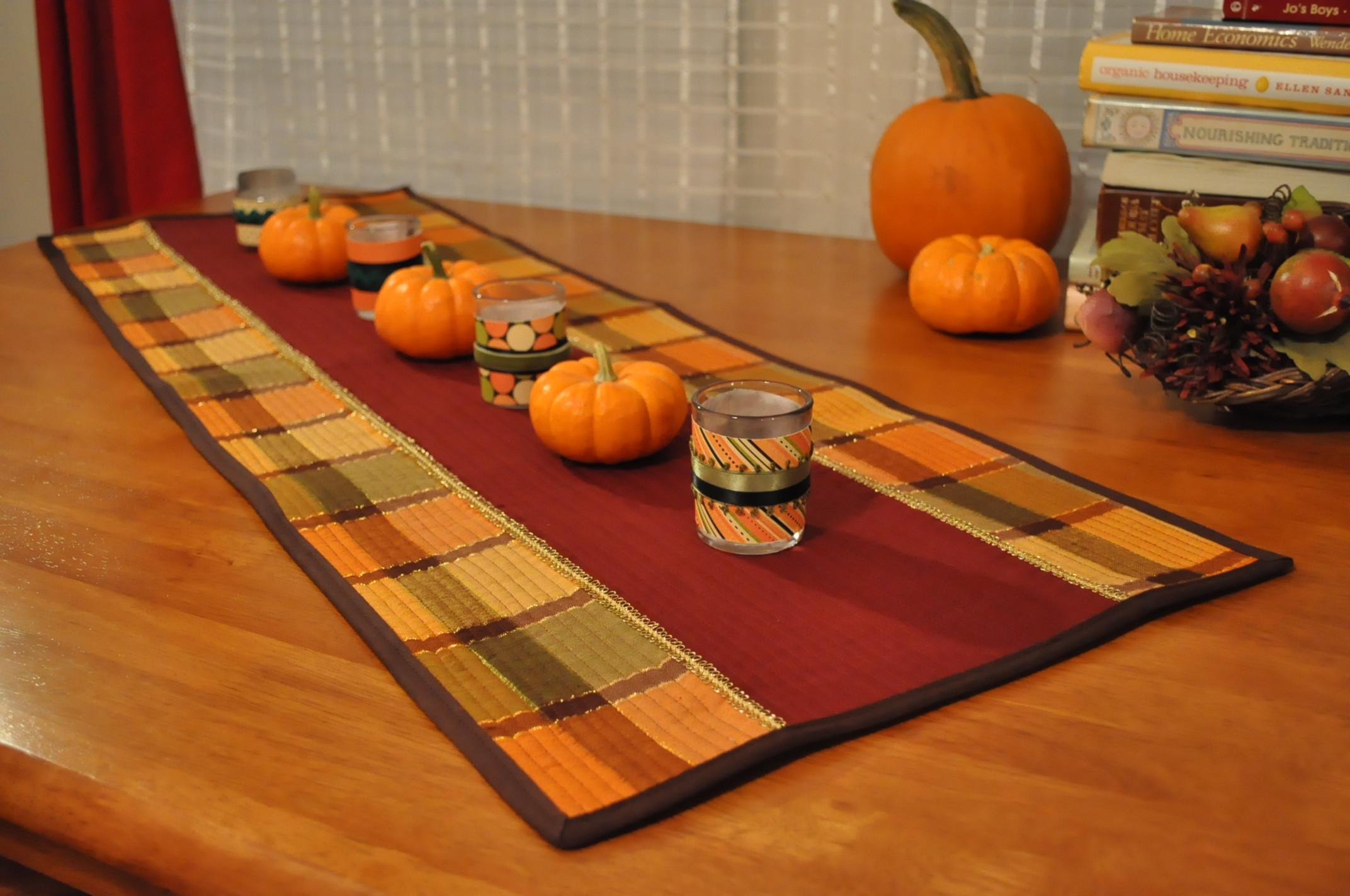 Thanksgiving Table Runner  Thanksgiving Table Runner – Coffee & Corduroy