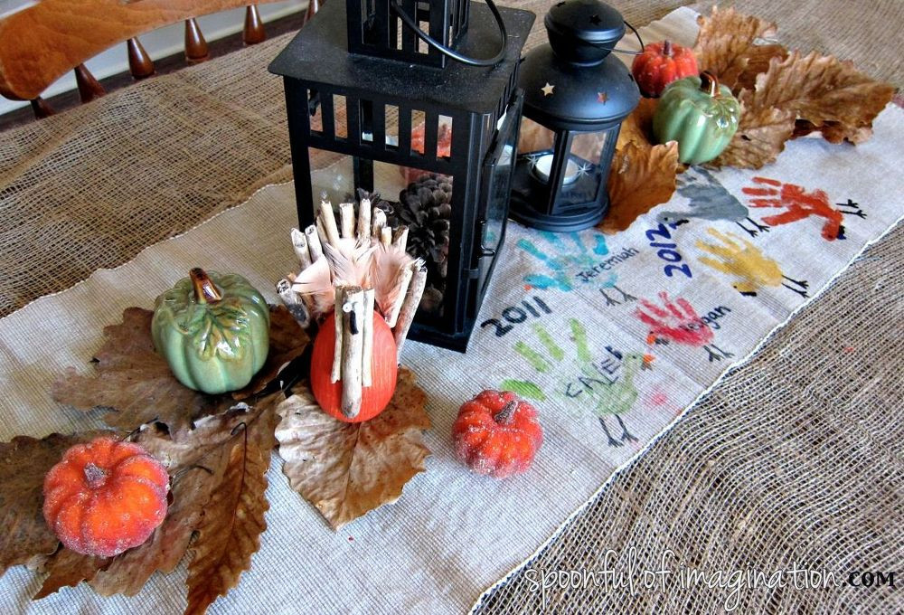 Thanksgiving Table Runner  DIY Thanksgiving Table Runner