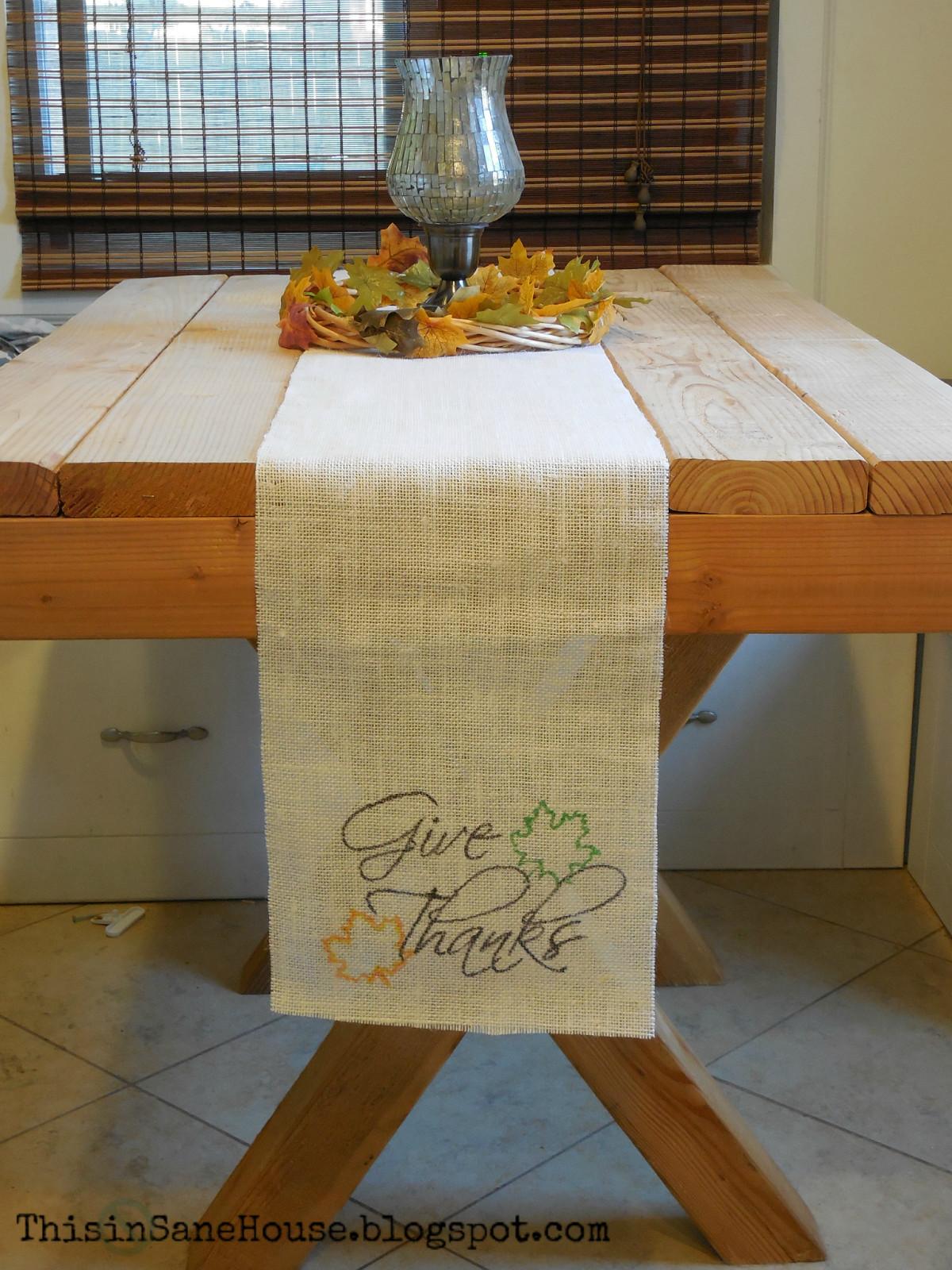 Thanksgiving Table Runner  This inSane House DIY Burlap Thanksgiving Table Runner