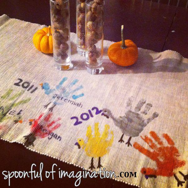 Thanksgiving Table Runner  Best 25 Thanksgiving table runner ideas only on Pinterest