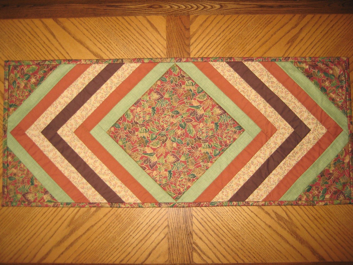 Thanksgiving Table Runners  Thanksgiving table runner 18x42 brown red green