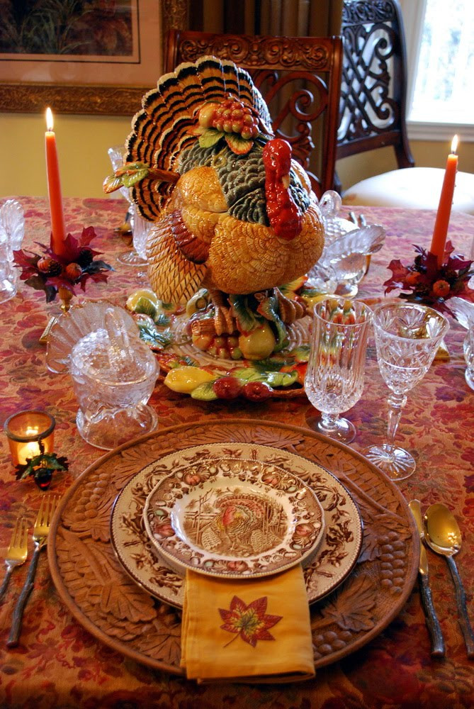 Thanksgiving Table Settings  Decorating for Autumn and a Thanksgiving Tablescape