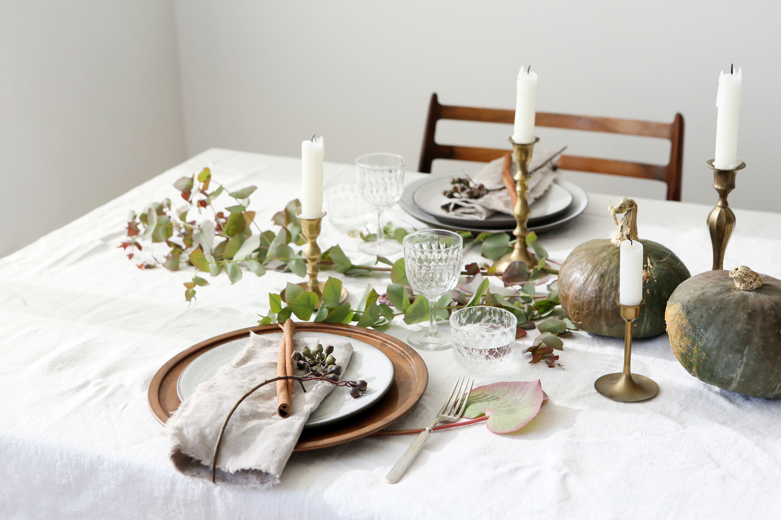 Thanksgiving Table Settings  Thanksgiving Table Setting Rules to Live By