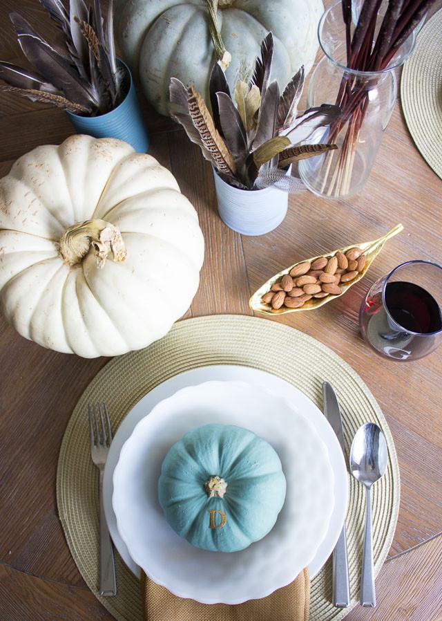 Thanksgiving Table Settings Martha Stewart  Thanksgiving Table Ideas with Martha Stewart Paints