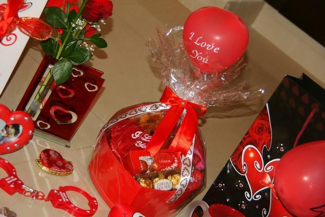 Valentine'S Day Gift Ideas For Girlfriend  Creative Valentine s Day Ideas For Your Girlfriend