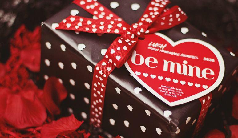 Valentine'S Day Gift Ideas For Girlfriend  Valentine Gift Ideas for your Girlfriend Greetings of