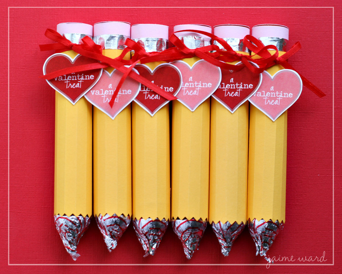 Valentines Gift Ideas Pinterest  8 Cute Valentine s Day Ideas That Are So Simple A Child