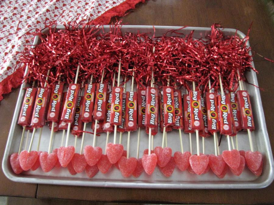 Valentines Gift Ideas Pinterest  10 Valentine s Day t ideas for school