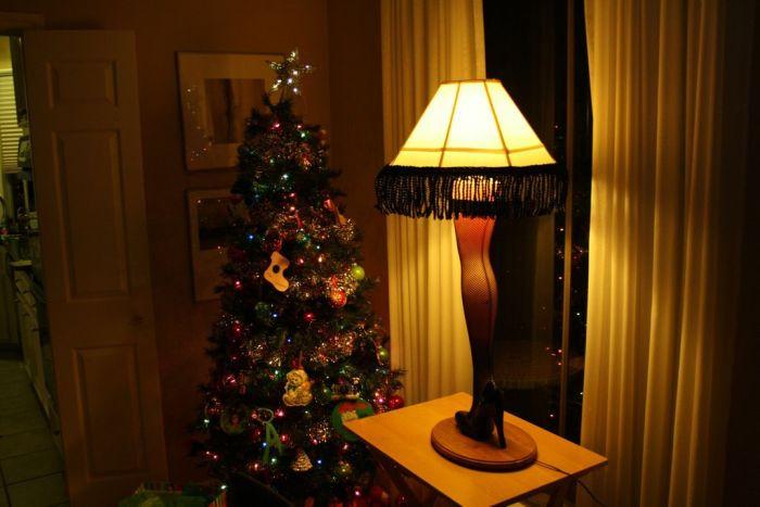 20 Christmas Story Leg Lamp  DIY Christmas Story Leg Lamp 42 pics