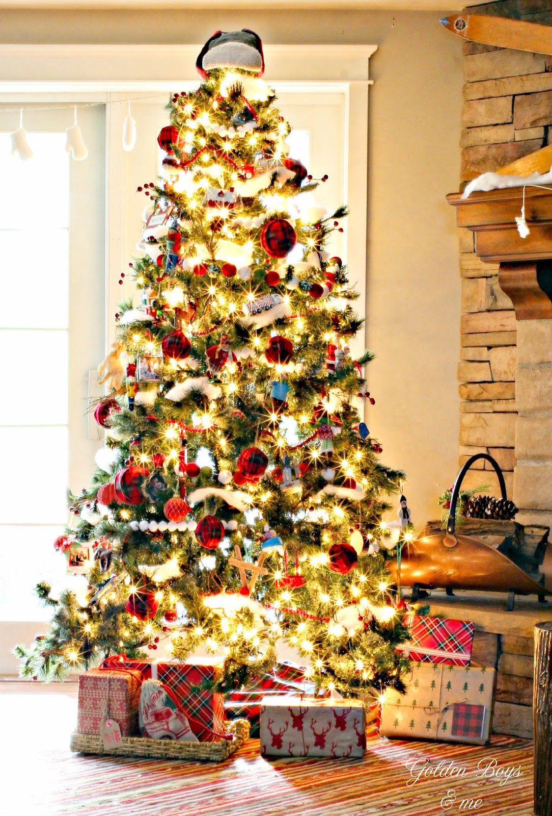 Cabin Christmas Tree  Golden Boys and Me Easy Plaid Ornaments & Our Family Room