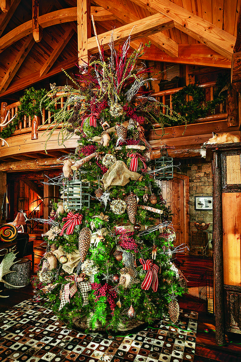 Cabin Christmas Tree  Festive Log Homes Get into the Holiday Spirit